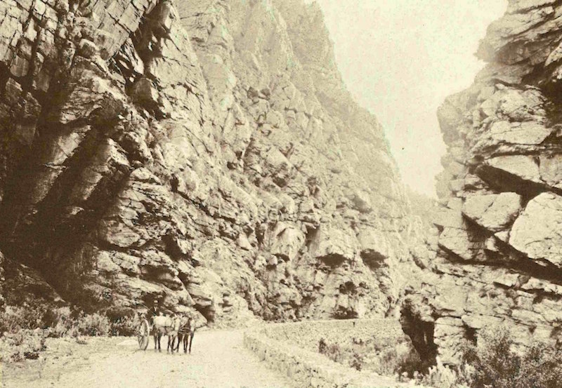 The Swartberg Pass, shortly after its being constructed. Photo: Cape Archives Anon. [Public domain]